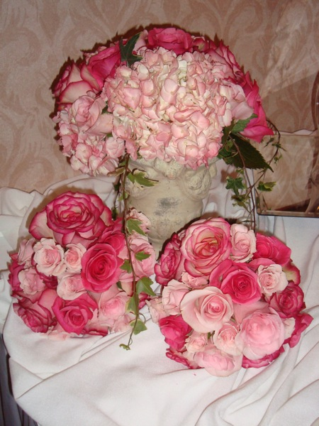 Close up of the bouquets and an arrangement