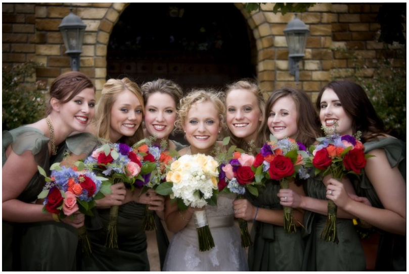 I love this picture of the bridal party.
